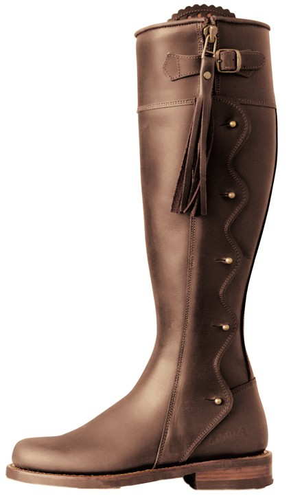 """boots of spanish leather analysis Ricks includes a brilliant analysis of its cadences, rhymes and rhythms, and  but , like """"boots of spanish leather"""", it's a song which turns on the."""
